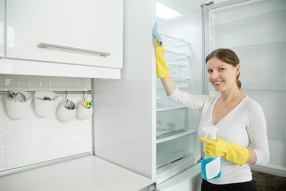Συμβουλές για να καθαρίσεις σωστά το ψυγείο σου.